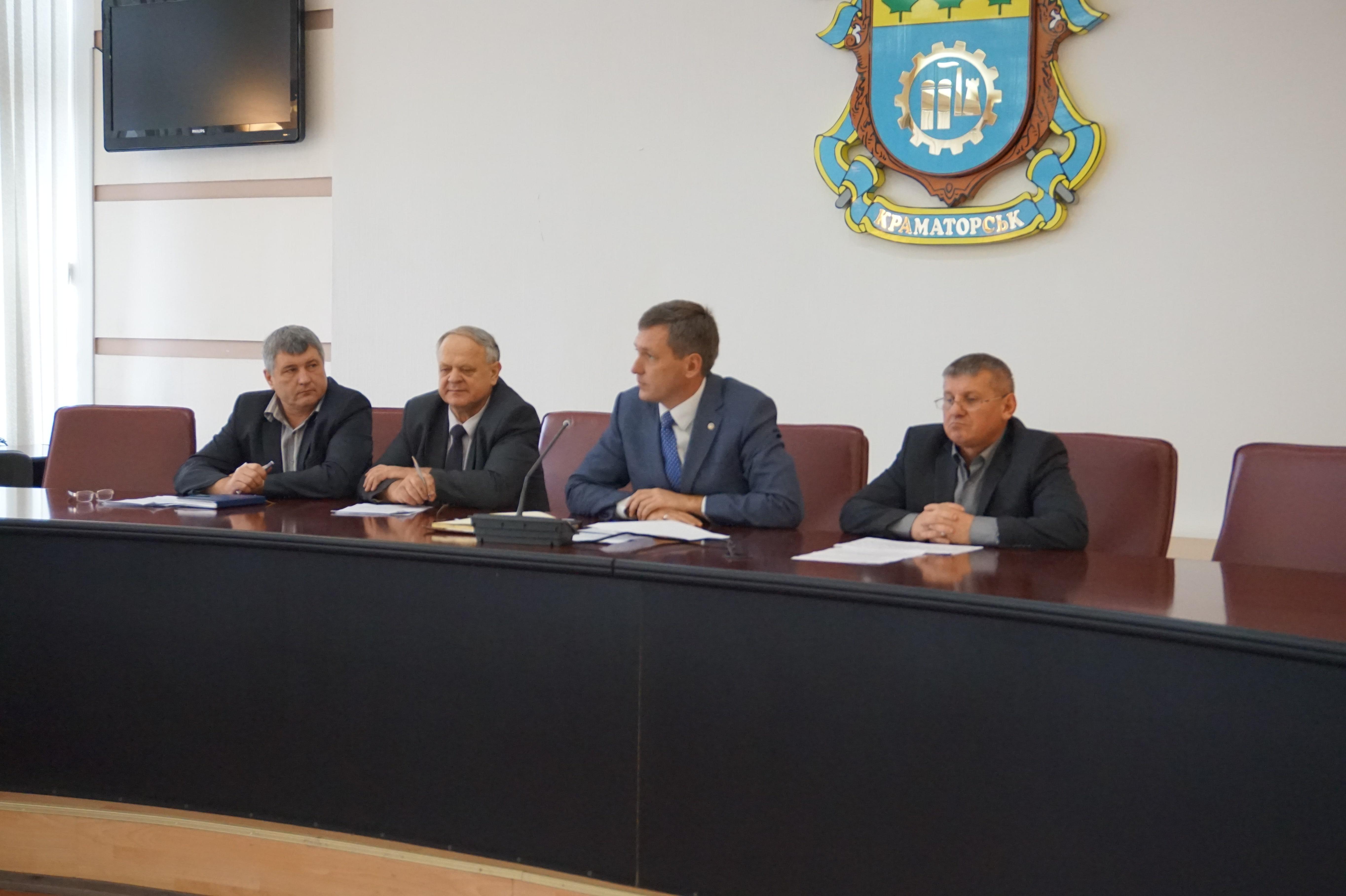 4 жовтня було проведено засідання Державної надзвичайної протиепізоотичної комісії при облдержадміністрації