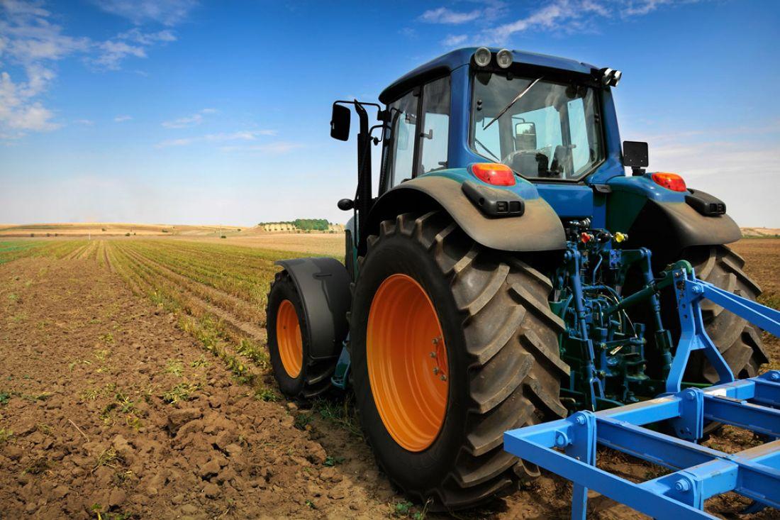 Трактористи - в списку трьох найбільш дефіцитних професій