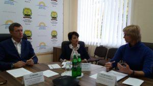 Відбулося засідання оперативного штабу реагування на спроби рейдерських захоплень землі та зібраного урожаю на території Донецької області