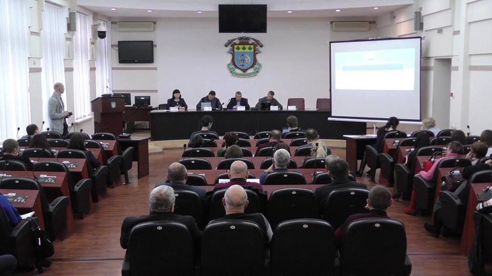 У Краматорську відбулася зустріч між представниками державної влади та аграріями регіону щодо розвитку сільських територій в умовах децентралізації