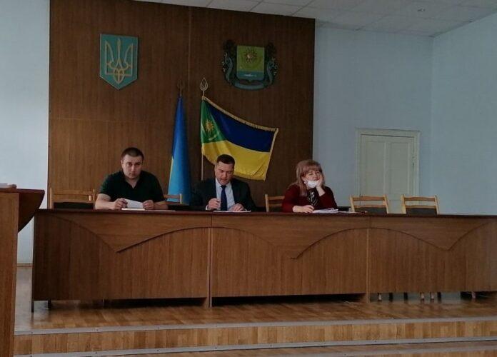 У Слов'янській РДА відбулася нарада з питань взаємодії власників пасік та землекористувачів, реєстрації пасік та дотримання норм законодавства про пестициди